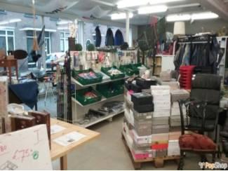 Shop-in-shop te huur winkelruimtes en kramen te huur voor weinig