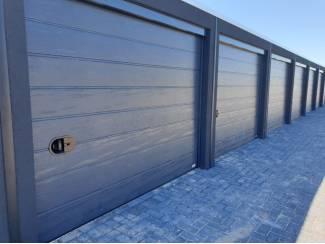 Garagebox - Opslagruimte en werkruimte te huur in Schagen.