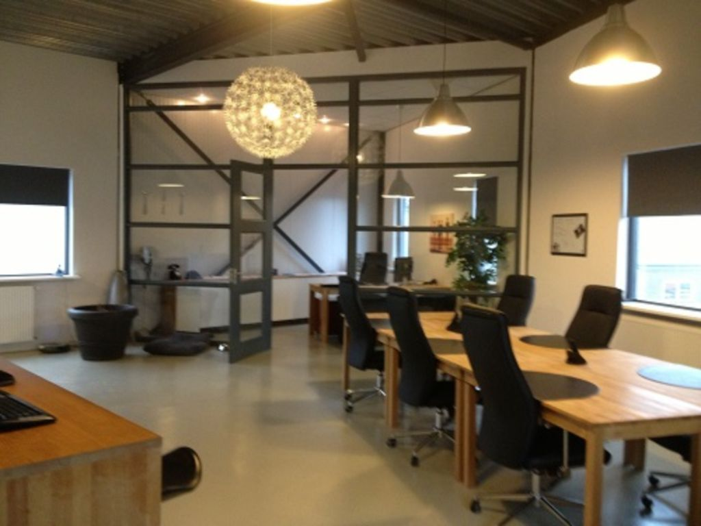 Kantoorruimte en praktijkruimte in Schagen te huur
