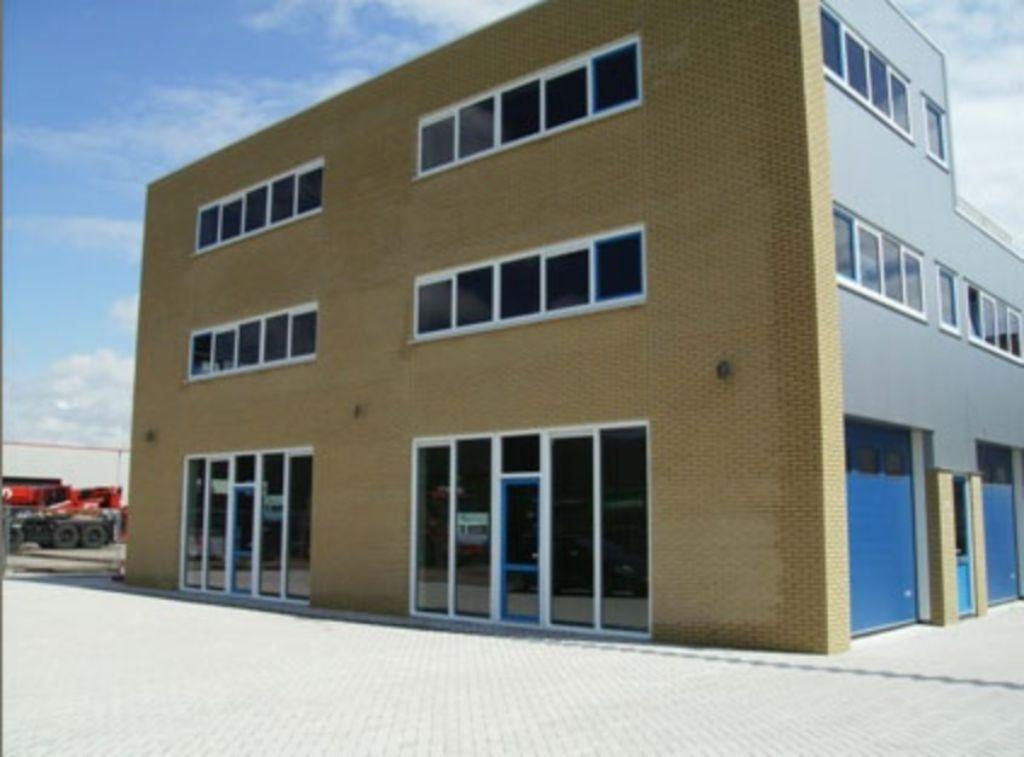 Kantoorruimte en bedrijfsruimte te huur in Beverwijk